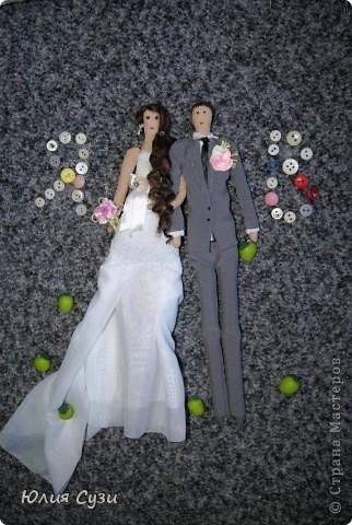 В первом мастер-классе я показала как я сшила эту чудесную невесту, в этом же расскажу как сшить жениха. Сразу скажу, что этот мк не такой подробный как первый, т.к. многие моменты повторяются. фото 29