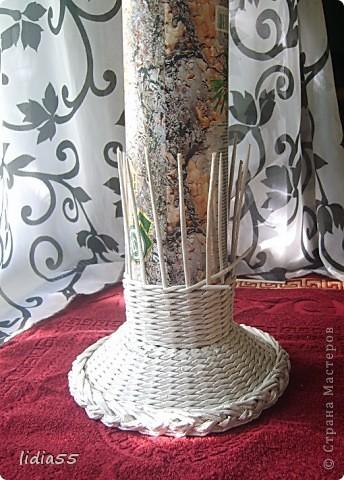 Мастер-класс Поделка изделие Начало учебного года Плетение кашпо или ваза Бумага газетная Трубочки бумажные фото 20