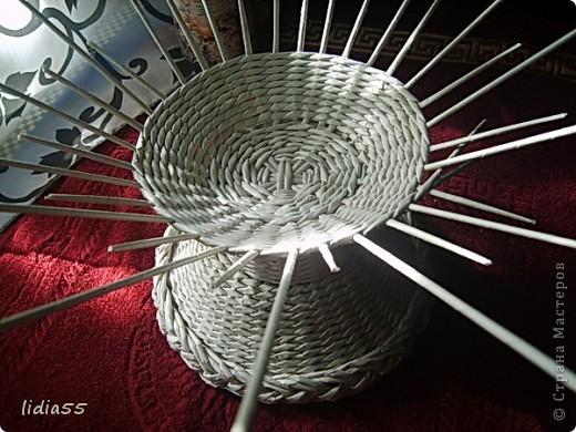 Мастер-класс Поделка изделие Начало учебного года Плетение кашпо или ваза Бумага газетная Трубочки бумажные фото 23