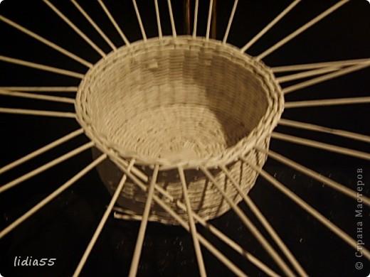 Мастер-класс Поделка изделие Начало учебного года Плетение кашпо или ваза Бумага газетная Трубочки бумажные фото 29