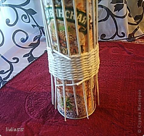 Мастер-класс Поделка изделие Начало учебного года Плетение кашпо или ваза Бумага газетная Трубочки бумажные фото 6