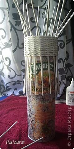 Мастер-класс Поделка изделие Начало учебного года Плетение кашпо или ваза Бумага газетная Трубочки бумажные фото 8