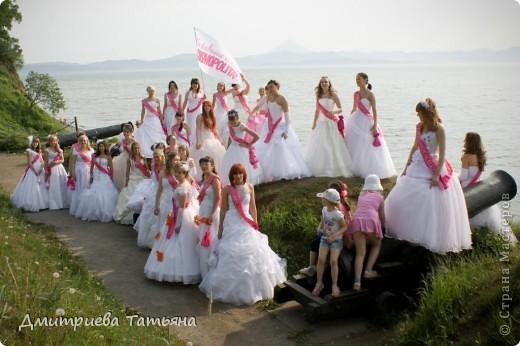 """Здравствуйте всем моим гостям! Расскажу об этом мероприятии. Журнал """"Cosmopolitаn"""" проводит акцию """"Сбежавшие невесты"""" ежегодно во многих городах России, в частности в нашем Петропавловске-Камчатском второй год. Я участвовала впервые в этом году. фото 10"""