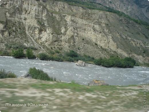 Добрый день еще раз! Дорогие жители СМ, хочу продолжить свой репортаж о Северном Кавказе. На этот раз покажу Вам Черекскую теснину, которая также находится на территории Кабардино-Балкарии. На пути к этому чудесному месту............ фото 1