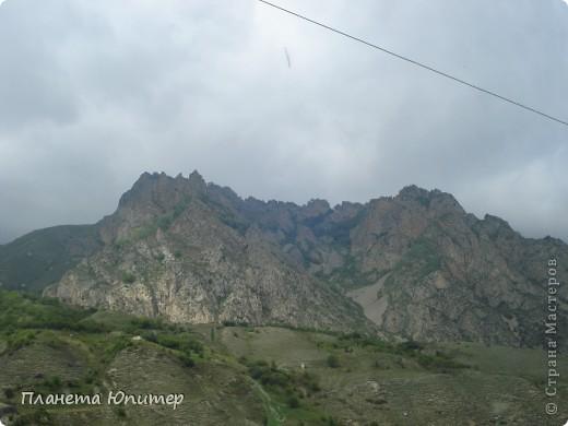 Добрый день еще раз! Дорогие жители СМ, хочу продолжить свой репортаж о Северном Кавказе. На этот раз покажу Вам Черекскую теснину, которая также находится на территории Кабардино-Балкарии. На пути к этому чудесному месту............ фото 2