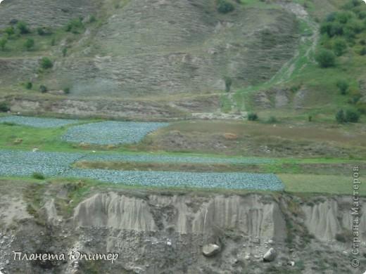 Добрый день еще раз! Дорогие жители СМ, хочу продолжить свой репортаж о Северном Кавказе. На этот раз покажу Вам Черекскую теснину, которая также находится на территории Кабардино-Балкарии. На пути к этому чудесному месту............ фото 21