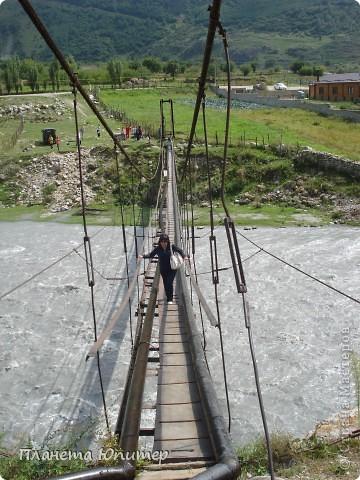 Добрый день еще раз! Дорогие жители СМ, хочу продолжить свой репортаж о Северном Кавказе. На этот раз покажу Вам Черекскую теснину, которая также находится на территории Кабардино-Балкарии. На пути к этому чудесному месту............ фото 17