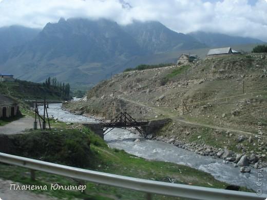 Добрый день еще раз! Дорогие жители СМ, хочу продолжить свой репортаж о Северном Кавказе. На этот раз покажу Вам Черекскую теснину, которая также находится на территории Кабардино-Балкарии. На пути к этому чудесному месту............ фото 20