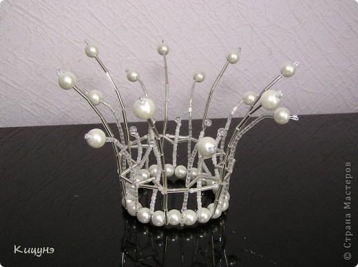 Корона с бусинами своими руками