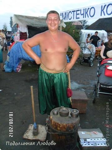 Я впервые попала на этот праздник - главную ярмарку Украины. Это был последний день. Людей - не протолкнуться. Но все же мне удалось кое что сфотографировать для вас, мои дорогие! фото 46