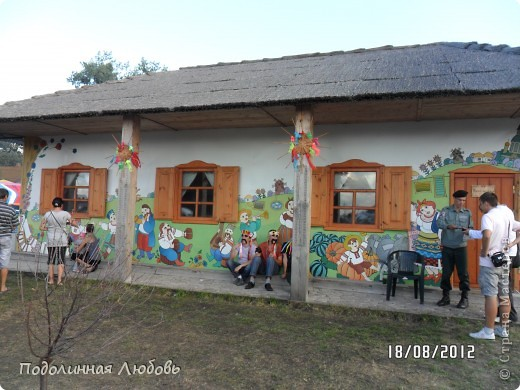 Я впервые попала на этот праздник - главную ярмарку Украины. Это был последний день. Людей - не протолкнуться. Но все же мне удалось кое что сфотографировать для вас, мои дорогие! фото 44