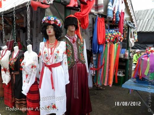 Я впервые попала на этот праздник - главную ярмарку Украины. Это был последний день. Людей - не протолкнуться. Но все же мне удалось кое что сфотографировать для вас, мои дорогие! фото 1