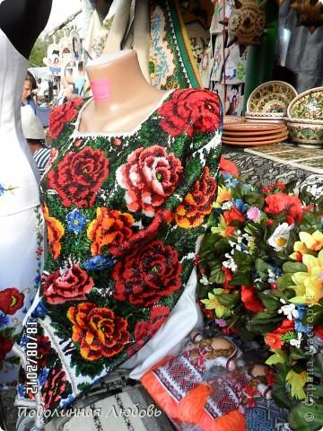 Я впервые попала на этот праздник - главную ярмарку Украины. Это был последний день. Людей - не протолкнуться. Но все же мне удалось кое что сфотографировать для вас, мои дорогие! фото 10