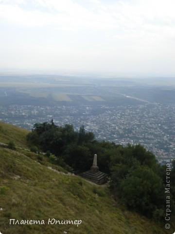 И снова здравствуйте! Посчастливилось побывать в г. Пятигорске. Не столько в самом городе, сколько в его окрестностях. Не поделиться впечатлениями просто невозможно. Добро пожаловать на экскурсию... фото 6