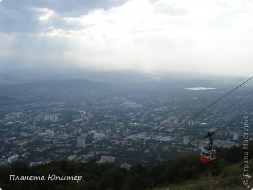 И снова здравствуйте! Посчастливилось побывать в г. Пятигорске. Не столько в самом городе, сколько в его окрестностях. Не поделиться впечатлениями просто невозможно. Добро пожаловать на экскурсию... фото 11