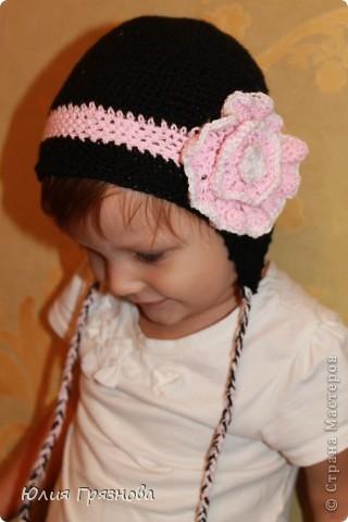 Холод не за горами, осень уже напоминает о себе и поэтому у меня связалась вот такая шапочка для доченьки любимой! фото 3