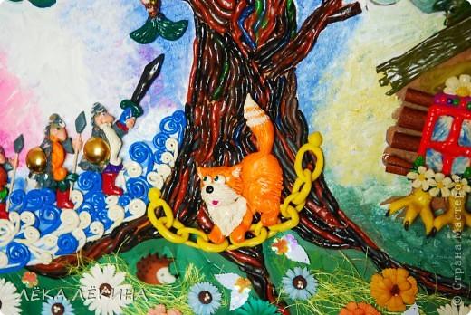 """В продолжение пластилиновой темы (начало тут https://stranamasterov.ru/node/418554) панно...еще 2 вариации на тему для детского садика. Первая """"У Лукоморья"""" по всем известным стихам А.С.Пушкина  У лукоморья дуб зелёный; Златая цепь на дубе том:  фото 2"""