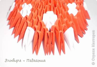 """Представляю вашему вниманию свою авторскую конкурсную работу """"Мухоморчик"""", которая заняла второе место в номинации """"Оригами"""" в конкурсе """"Бумажное творчество"""" на сайте Вектор-успеха. рф http://вектор-успеха.рф/load/108-1-0-1029   фото 33"""