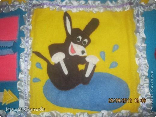На рождение моего племяшки сделала ему коврик. За основу были взяты работы разных мастериц, но и своего доработано немало. фото 7