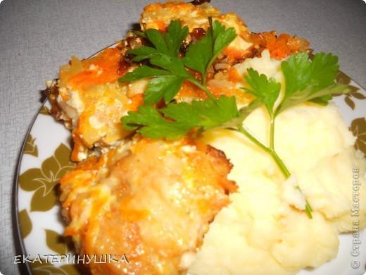 Добрый вечер, Страна Мастеров! Хочу поделится может и не замысловатым блюдом, но мне оно понравилось. как говорится на скорую руку. Это филе жареной щуки с морковкой и луком, рецепт взяла вот здесь http://harch.ru/headline/ryba-tushenaya-v-majoneze. фото 1
