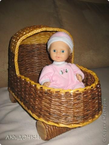Здравствуйте жители Страны Мастеров! Я к вам со своими поделками. Теперь и у моей доченьки есть кроватка для кукол! Вдохновилась у Милены (Милена Строгая). А вот косу не одолела, не могу вникнуть, но буду ещё пробовать. фото 5