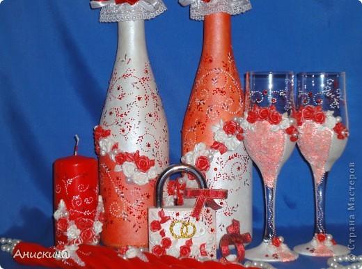 """Свадебный набор """"Люблю"""". Не могла купить белые свечи. Пришлось купить красные. Красные свечи на столе даже ярко смотрелись. Результатом довольна. Невесте понравилось. фото 1"""