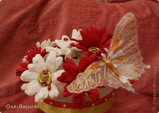 Мой подарок воспитателям в детский сад на день воспитателя 27 сентября. Первый раз пробовала сделать хризантемы, но получились то ли ромашки, то ли герберы, вообщем гибрид)))  фото 3