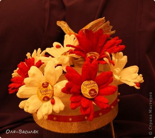 Мой подарок воспитателям в детский сад на день воспитателя 27 сентября. Первый раз пробовала сделать хризантемы, но получились то ли ромашки, то ли герберы, вообщем гибрид)))  фото 2