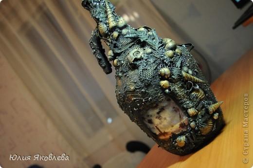 Полторалитровая бутыль из-под вина, удобный такой графинчик))) Фото не передает всей красоты бутыли(((  фото 11