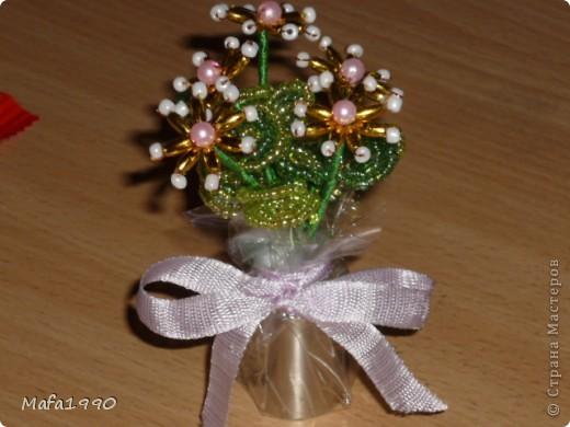 Целая клумба маленьких подарочных букетиков фото 3