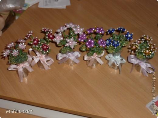Целая клумба маленьких подарочных букетиков фото 1