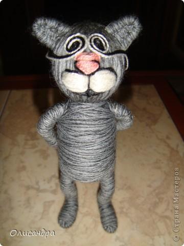 """Здравствуйте! Здравствуйте! Здравствуйте! Сегодня хочу показать Вам мое новое увлечение... игрушки-мотанки... Если эта техника Вас заинтересует, то необходимые мастер-классы найдете здесь...  http://www.liveinternet.ru/users/3909035/rubric/2100167  А мои игрушки сделаны по этому МК http://mastera-rukodeliya.ru/raznoe/1510-sherstyanushki.html только потом обратила внимание, что Светлячок и К """"живет"""" в нашей Стране Мастеров и этот МК скопирован из ее блога https://stranamasterov.ru/node/178799?t=451  теперь ее НИК ... Каночкина Светлана фото 26"""