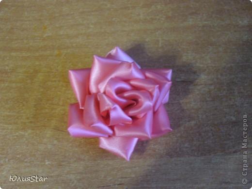 Мой второй цветок в технике канзаши. фото 1