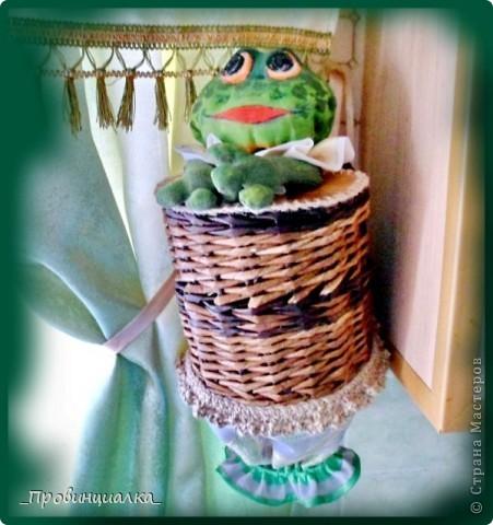Доброго времени суток, СТРАНА! Знакомьтесь - жаб в жабо, по функциональному назначению -пакетница, по имени Ква-кфанасий  фото 6