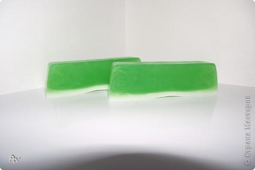 Это мыло изготовлено с добавлением масла ши и эфирного масла пачули фото 3