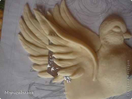 """Всем привет!!!!Вот такие влюбленные голуби у меня получились.Слепила их давно ,вместе с предыдущей работой,все никак не могла раскрасить.И вот наконец руки """"дошли""""(спасибо дождливой погоде))))! фото 17"""