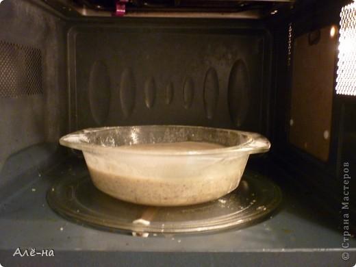 Когда увидела этот тортик на сайте http://forum.say7.info то сначала не поверила, решила попробовать сама приготовить.Получился и правда за 5 минут ,так как готовить его надо в микроволновке.Но и в духовке можно ,только уйдет на приготовление 20-25 мин. Получился сочный и оооочень вкусный)) Чем то по рецептуре похож на печенье из кокосовой стружки http://stranamasterov.ru/node/403208. Только в этом варианте торт получается. фото 8