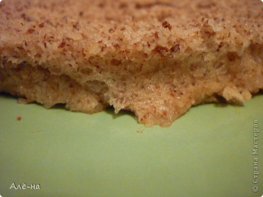 Когда увидела этот тортик на сайте http://forum.say7.info то сначала не поверила, решила попробовать сама приготовить.Получился и правда за 5 минут ,так как готовить его надо в микроволновке.Но и в духовке можно ,только уйдет на приготовление 20-25 мин. Получился сочный и оооочень вкусный)) Чем то по рецептуре похож на печенье из кокосовой стружки http://stranamasterov.ru/node/403208. Только в этом варианте торт получается. фото 10