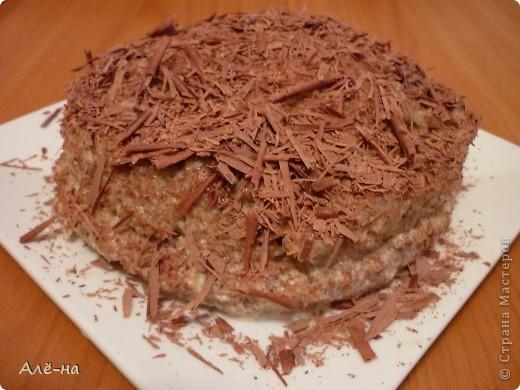 Когда увидела этот тортик на сайте http://forum.say7.info то сначала не поверила, решила попробовать сама приготовить.Получился и правда за 5 минут ,так как готовить его надо в микроволновке.Но и в духовке можно ,только уйдет на приготовление 20-25 мин. Получился сочный и оооочень вкусный)) Чем то по рецептуре похож на печенье из кокосовой стружки http://stranamasterov.ru/node/403208. Только в этом варианте торт получается. фото 1