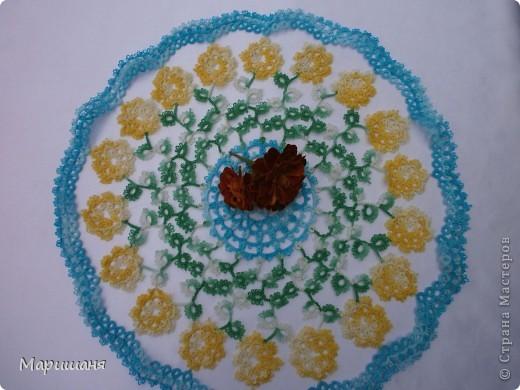 Добрый день всем! сегодня я хочу показать несколько своих работ по фриволите - это цветочные сафлетки.  салфетка Фиалки (или анютины глазки :-), кому как нравится ).  фото 6