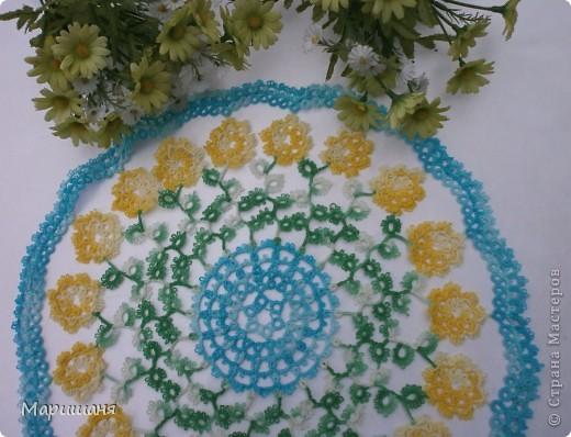 Добрый день всем! сегодня я хочу показать несколько своих работ по фриволите - это цветочные сафлетки.  салфетка Фиалки (или анютины глазки :-), кому как нравится ).  фото 4