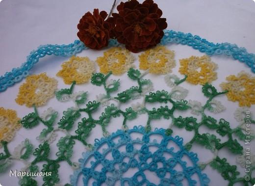 Добрый день всем! сегодня я хочу показать несколько своих работ по фриволите - это цветочные сафлетки.  салфетка Фиалки (или анютины глазки :-), кому как нравится ).  фото 5