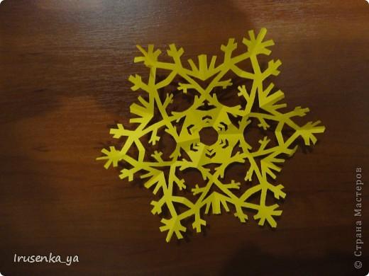 Снежинки из бумаги фото 3