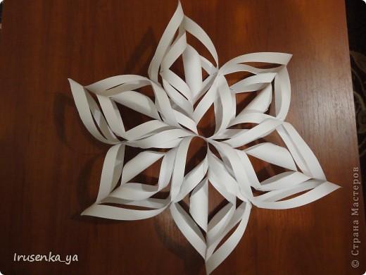 Снежинки из бумаги фото 4
