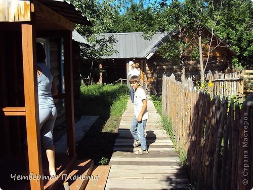Главным мероприятием в Усть-Каменогорске стало посещение музейного комплекса.Он представляет собой множество инсталяций и реконструкций быта разных национальностей в Казахстане в 18-начале 20 вв. фото 12