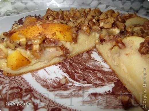 Пирог с яблоками и грецкими орехами на скорую руку фото 2