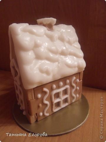Скоро Новый год, не успеем оглянуться.... Вот и решила сварить вот такой мыльный пряничный домик ;-) фото 4