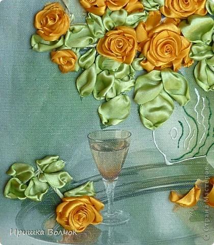 """Доброго времени суток,дорогие мастерицы! Сегодня хочу с Вами поделится еще одной работой: Вышивкой лентами-""""Розы"""". фото 5"""