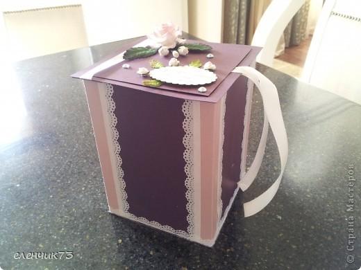 У лучших друзей юбилей, 20 лет совместной жизни, решила сделать подарок коробочку для подарка. Вот посмотрите что получилась. Вид сбоку. фото 1