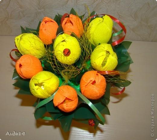 В качестве пробы, училась делать тюльпаны. Пока не ровно... но учимся. фото 2